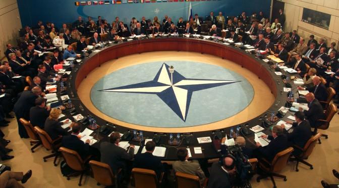 OTAN analisa possível presença na Líbia e no Iraque