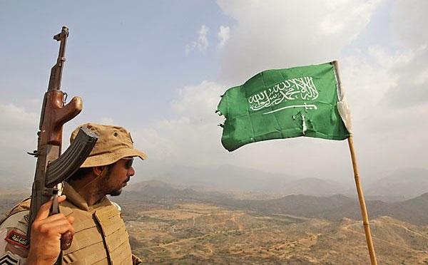 Ataque saudita contra milícias houthi deixa pelo menos 13 civis mortos em Sanaa
