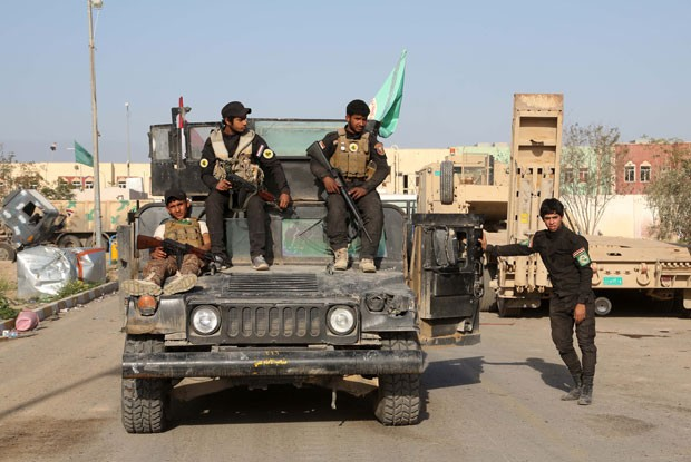 Como Exército iraquiano se prepara para tentar retomar cidade-natal de Saddam