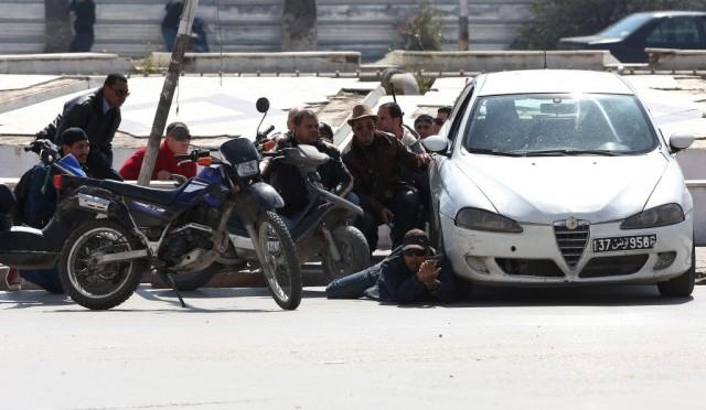 Atentado terrorista na Tunísia deixa 22 mortos
