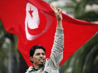 """Tunísia declara """"guerra"""" ao terrorismo no dia da Independência"""