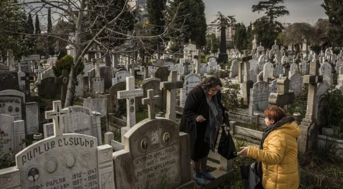 Centenário de genocídio revive duelo turco-armênio
