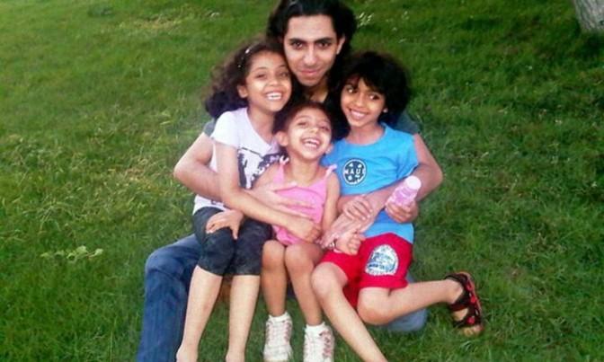 Canadá defende libertação de blogueiro condenado a chicotadas