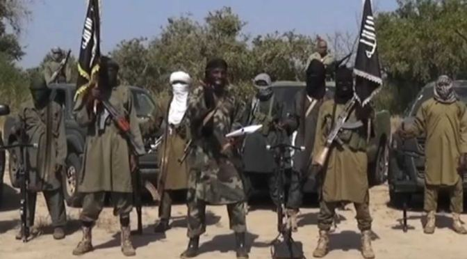 Quênia: Força Aérea bombardeia posições do Al-Shabaab na Somália