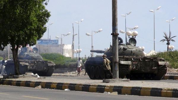 Desertor iemenita diz 4.000 soldados se aliaram ao governo de Hadi