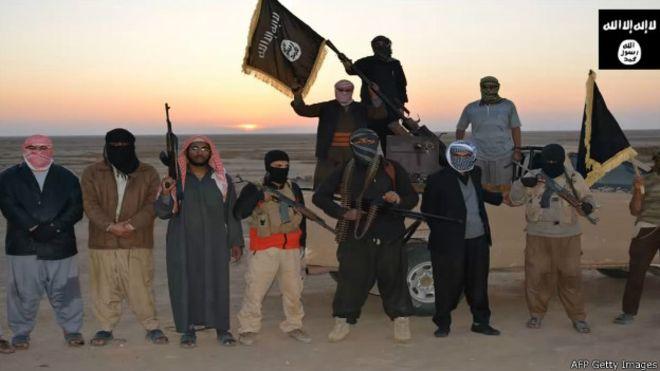 Estado Islâmico executou 300 pessoas no Iraque, diz líder tribal