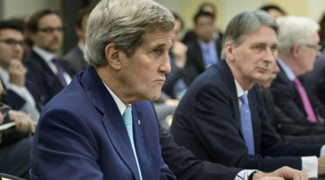Os Estados Unidos decidem estender conversas com Irã por um dia