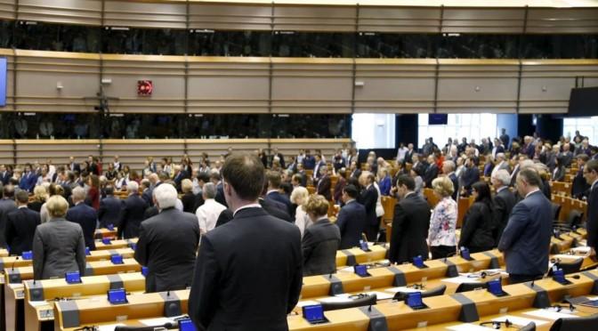 Parlamento Europeu aprova moção de reconhecimento do genocídio armênio