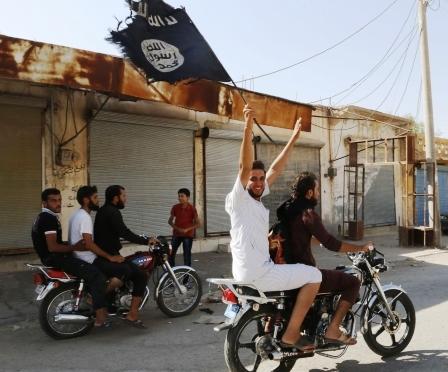 Braço quebrado e ameaças à família: Preço das reportagens sobre perseguição muçulmana aos cristãos