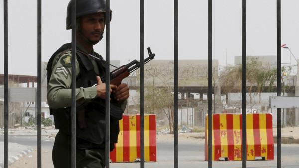 Bombardeio houthi mata cinco árabes em cidade de fronteira saudita