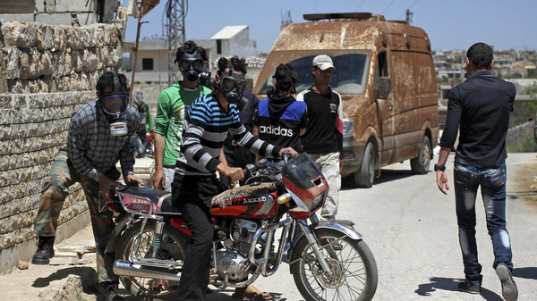 Ativistas sírios relatam novos ataques de cloro