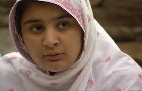 Ativista de 14 anos luta contra casamentos infantis no Paquistão
