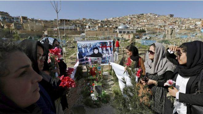 Caso Farkhunda: linchamento de mulher mudará o Afeganistão?