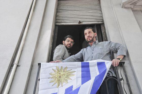 Dois ex-presos de Guantánamo vão se casar com uruguaias