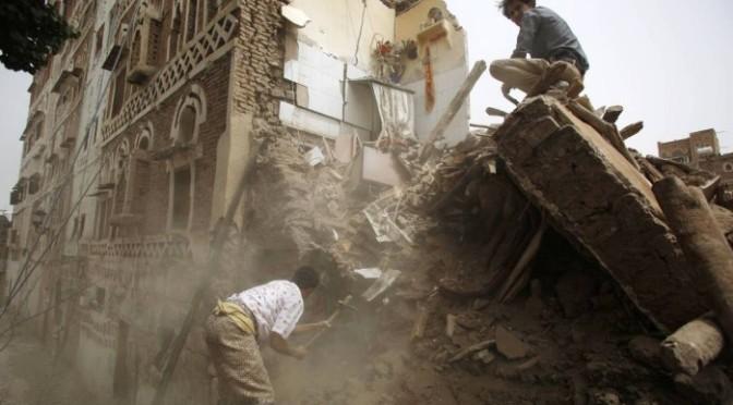 Iêmen está se desintegrando com a guerra e cercos causam fome, dizem grupos de ajuda humanitária