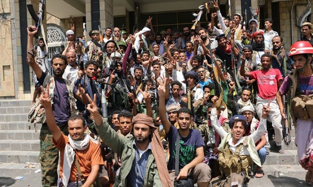 Mais de 80 morrem em 24 horas de luta na 3ª maior cidade do Iêmen