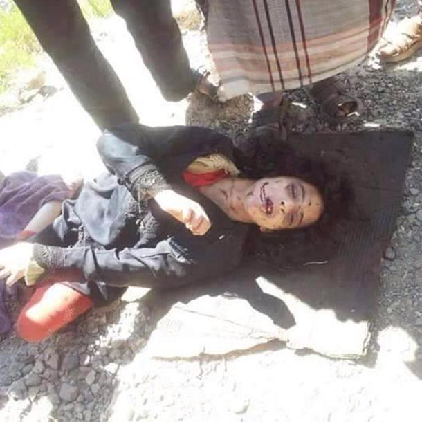 Terroristas muçulmanos estupram e matam mulher na frente do marido e três filhos