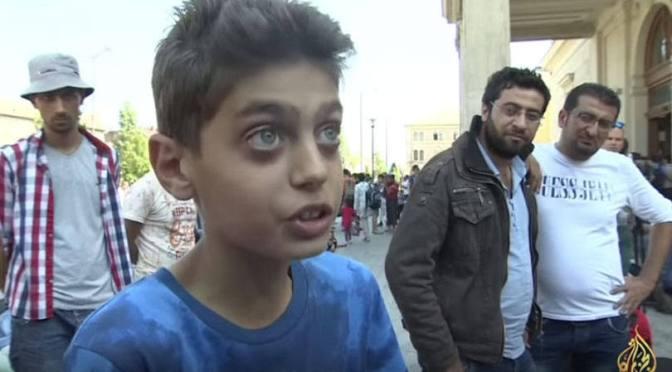 Este menino sírio tem um recado curto e grosso para o mundo