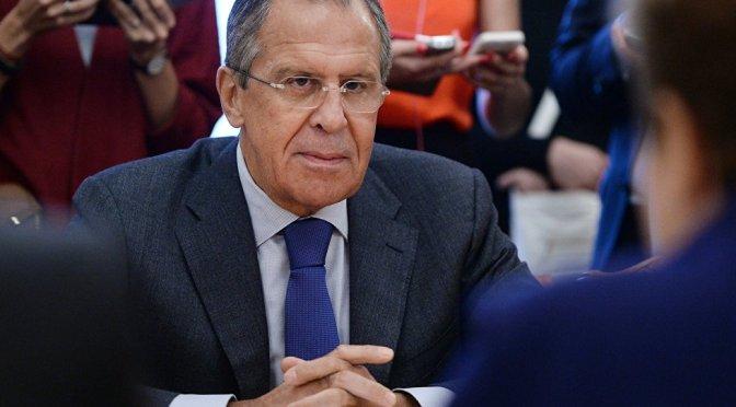 ergei Lavrov: EUA conhecem posições do Estado Islâmico e não as bombardeiam