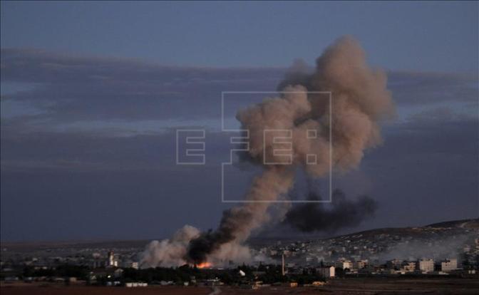 Testemunha: Capital do Estado Islâmico Raqqa está sendo intensamente bombardeada