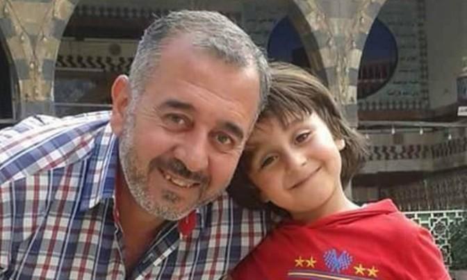 Refugiado sírio chutado por cinegrafista húngara é acolhido por escola de futebol na Espanha