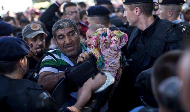 Finlândia vai aumentar impostos dos mais ricos para receber refugiados sírios