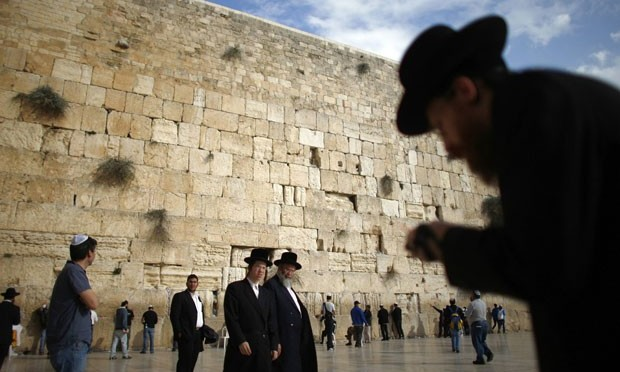 Autoridade Palestina tenta reivindicar Muro das Lamentações na UNESCO