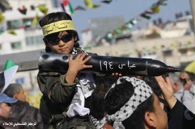 """Ativista palestino de Direitos Humanos: """"a mídia está cheia de antissemitismo e ódio por Israel"""""""