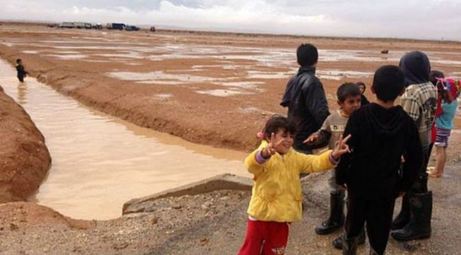 Crianças refugiadas, de até 3 anos, 'são exploradas na Jordânia'