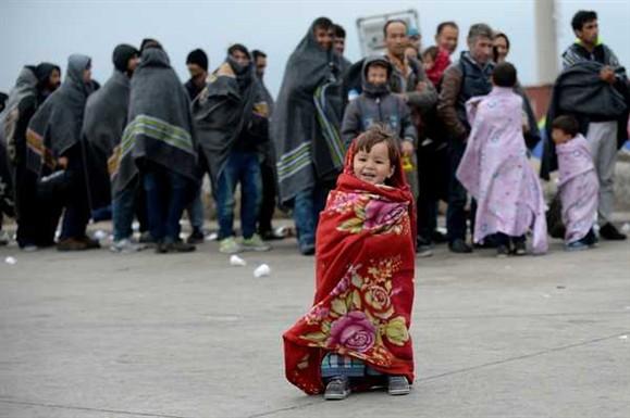 """Berlim diz que um em cada três pedidos de asilo é de um """"falso sírio"""""""