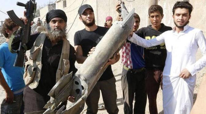 Só combates no terreno venceriam Estado Islâmico, dizem especialistas