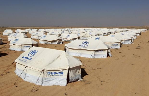 Muçulmanos estão entrando em campos de refugiados disfarçados de refugiados e sequestrando meninas cristãs para vendê-las como escravas sexuais