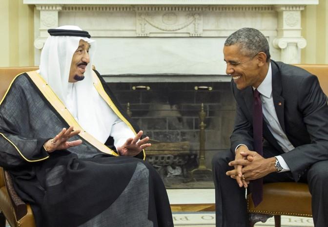 Sharia aplicada pelo Tribunal Saudita determina 10 anos de prisão para qualquer um que comemora o natal