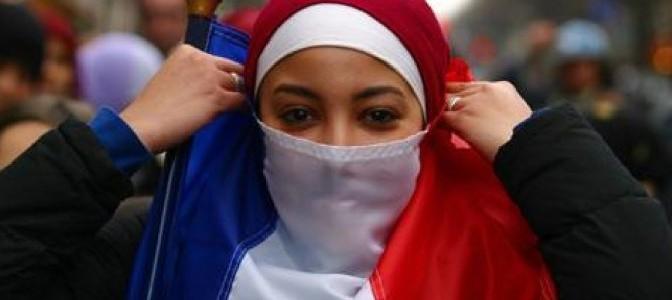 """No Jornal Nacional, não há risco de terrorismo, só de """"islamofobia"""""""