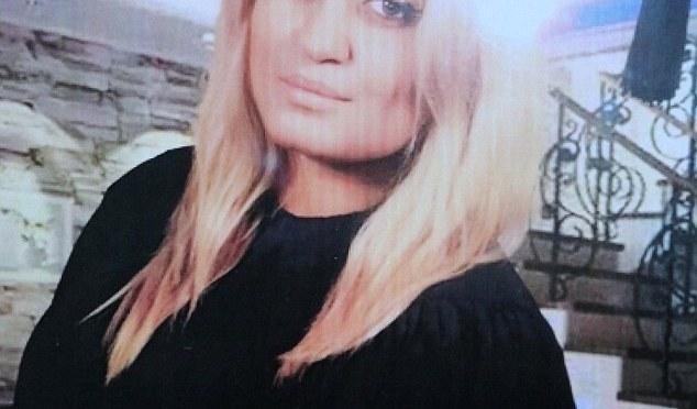 Suécia em choque após morte de mulher a facadas em centro de refugiados