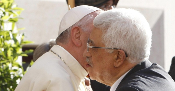 Palestinians welcome Vatican's recognition of statehood