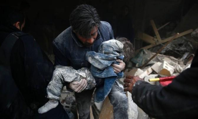 Ataque russo contra escola na Síria mata oito crianças