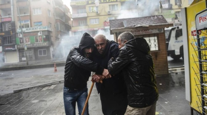 Análise: Turquia ruma para se tornar a próxima Síria