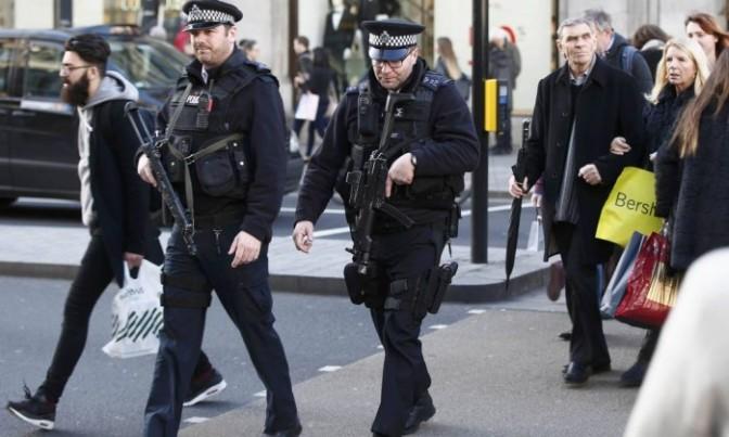 Londres coloca mais 600 policiais armados nas ruas por ameaças terroristas