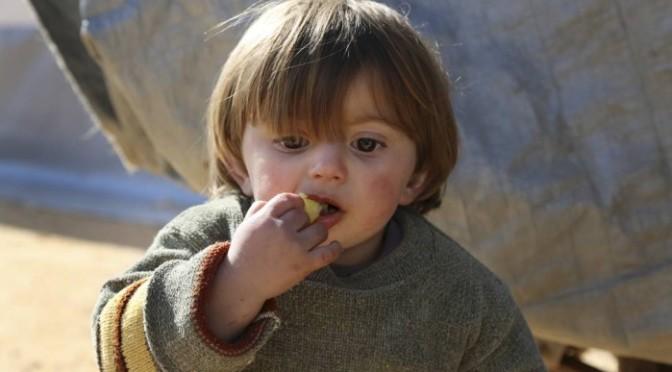 Mais de um milhão de civis vivem sob cerco na Síria, apontam ONGs
