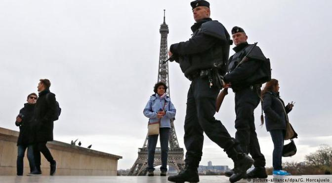 Senado francês prorroga estado de emergência