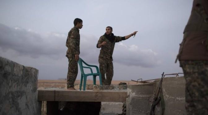 Artigo: Estímulo à deserção pode dar fim à guerra na Síria