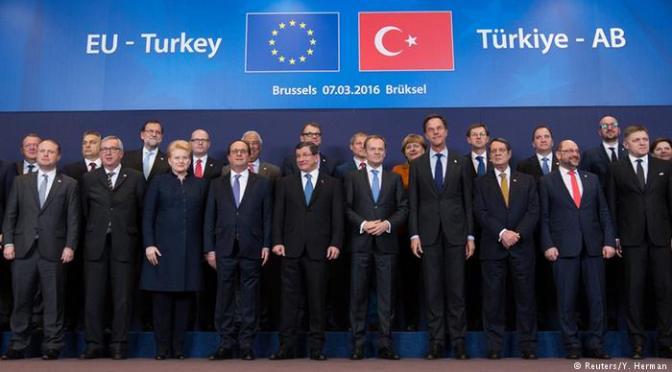 Dias de migração irregular chegaram ao fim, diz Tusk