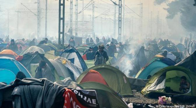 Em três meses, Grécia recebeu quase meio milhão de migrantes