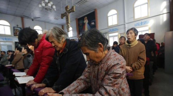 Líderes cristãos são enterrados vivos por protestarem contra a demolição de igreja na China