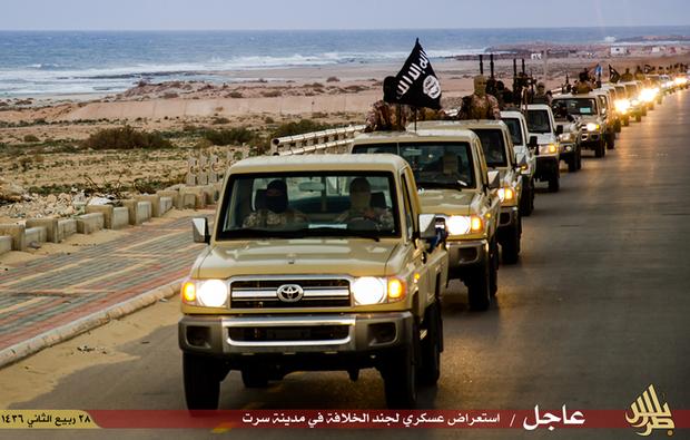 Decapitações, crucificações e escassez de alimentos: a vida sob comando do ISIS em Sirte