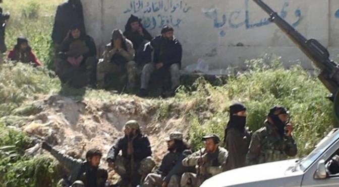 Milhares de civis fogem de ofensiva do Estado Islâmico