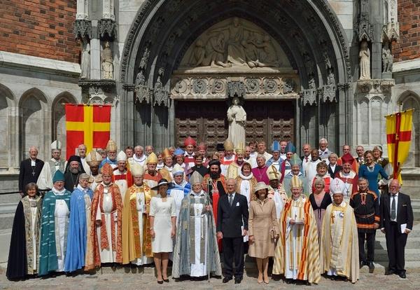 """O Imã Enaltecido pela Igreja da Suécia: """"Os Judeus estão por Trás do Estado Islâmico!"""""""