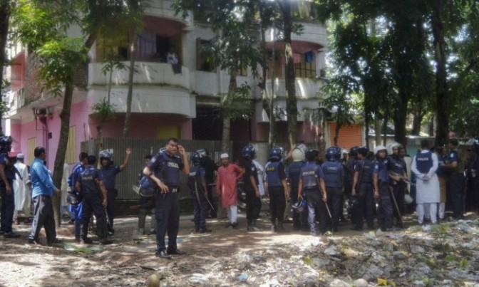 Ataque em festival religioso deixa ao menos quatro mortos em Bangladesh
