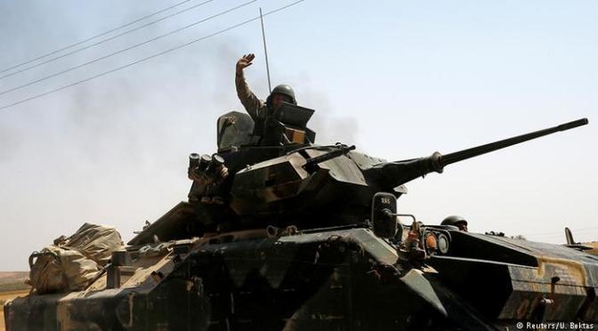 Bombardeios turcos matam dezenas de civis na Síria